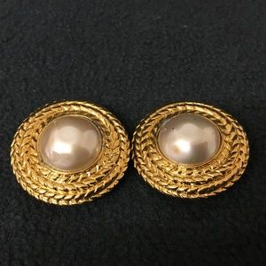 CHANEL Gold Plated Pearl Vintage Earrings